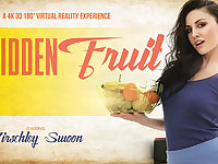 Kirschley Swoon in Forbidden Fruit - VRBangers